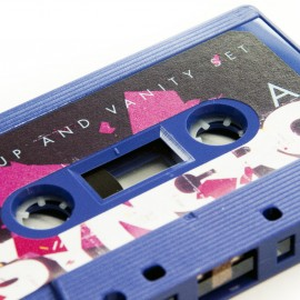 Makeup_And_Vanity_Set_-_Syncro-Cassette5