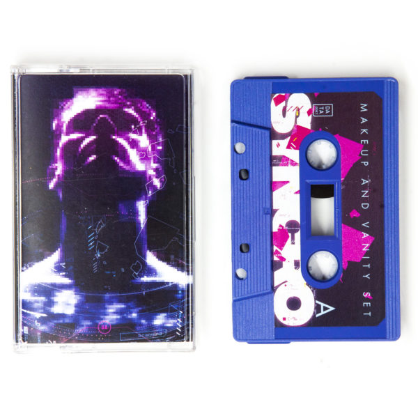 Makeup_And_Vanity_Set_-_Syncro-Cassette_1-thumb